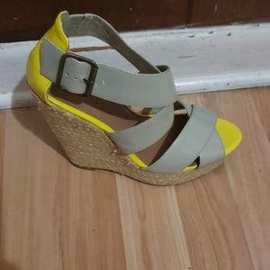 Yellow & Gray wedges